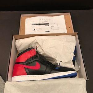 Air Jordan Retro 1 Top 3 Size 11